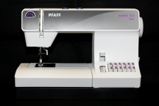 Pfaff Select 3.0 Sewing Machine